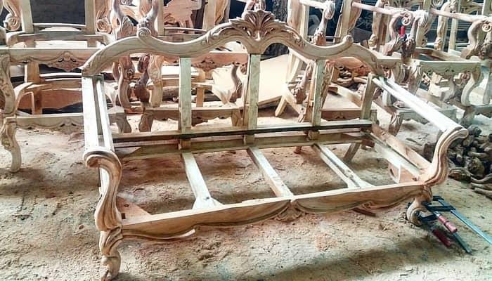 تصویر از کلاف مبل یا اسکلت چوبی مبل