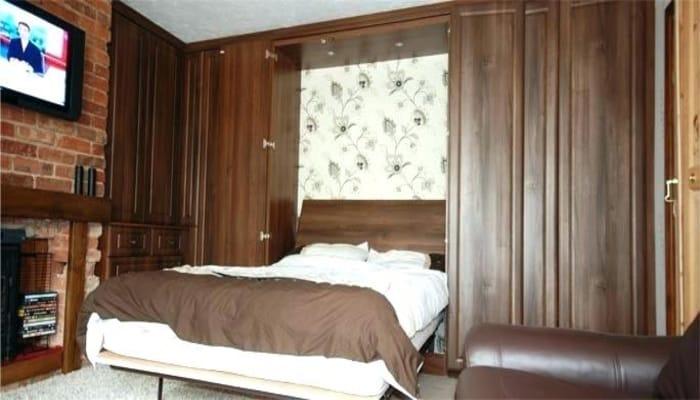تصویر از تخت کمجا یا تخت خواب تاشو